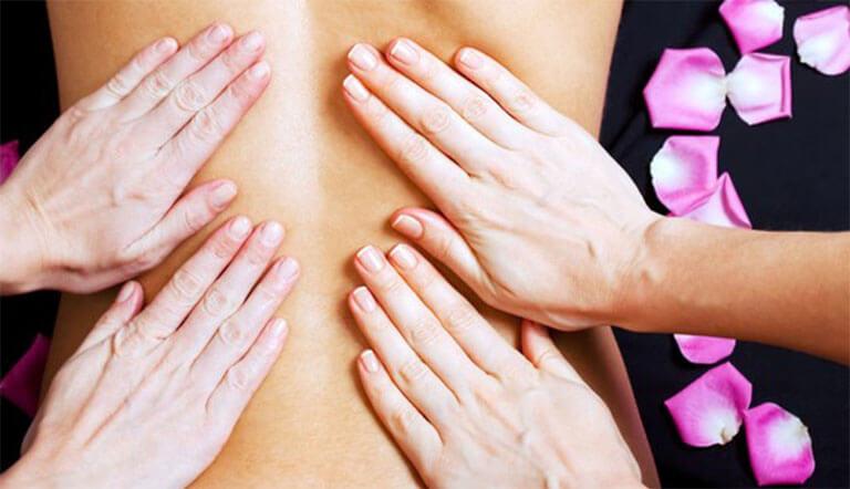 Massage 4 mains : institut de beauté vers Annonay