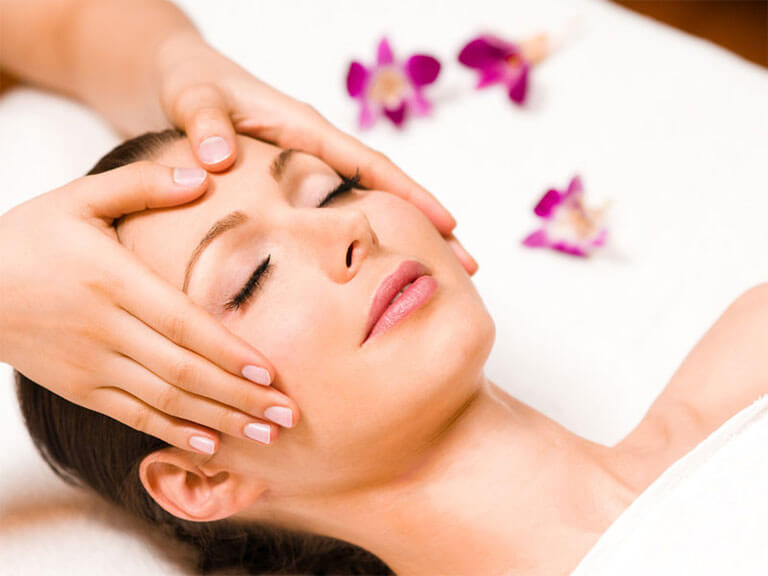 Massage + soin du visage vers Grenoble