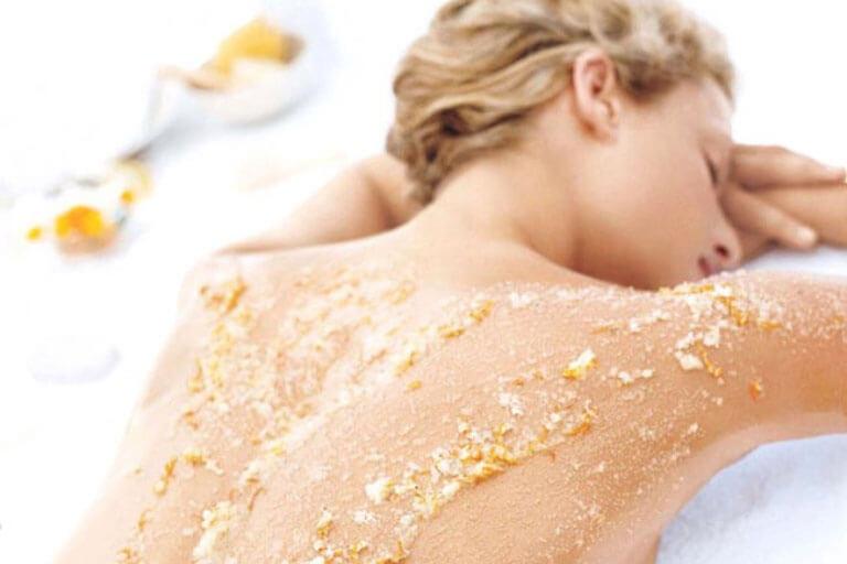 Soins esthétiques vers Bourgoin-Jallieu : gommage + massage